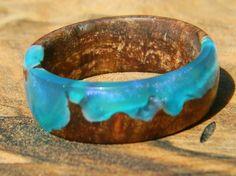 Au Na·tu·rel 😍 (ō′ năch′ə-rĕl′, ô′ nä-tü-rĕl′) adj. 1. a. Nude. b. In a natural state 🌳♲🌏  Follow us on Instagram @resin_wood_designs Facebook.com/ResinWoodDesigns Etsy.com/ResinWoodDesigns   #blue #burlwood #alumilite #stabilized #cactusjuice #finalproduct #resinandwood #handmade #lathe #machinist #castingresin #customwork #mens #womens #kids #jewelry #ring #gauge #accessorize #nature #recycle #reclaimed #natural #woodturning #instadaily #shoplocal #smallbusiness #local #georgia #athens