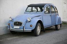 Google Image Result for http://upload.wikimedia.org/wikipedia/commons/0/03/Deux_chevaux_mg_1745.jpg