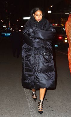 Black oversized quilted down coat