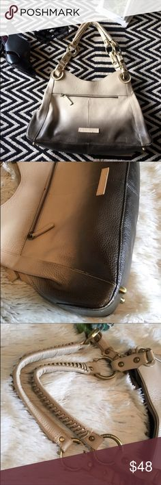 BCBG MaxAzria ombré purse/ bag BCBG MaxAzria ombré purse/ bag. Pre loved condition. Has minor peeling in the bottom corners and inside of handle. See pics, I can provide additional pictures if needed. It's a beautiful purse! BCBGMaxAzria Bags Shoulder Bags