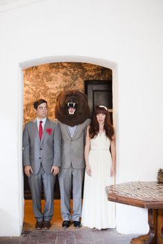 weird wedding portrait; @H A L E Y |  V A N  |  L I E W Shelton get on this.