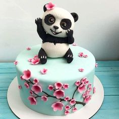 50 Most Beautiful looking Panda Cake Design that you can make or get it made on the coming birthday. Panda Birthday Cake, 32 Birthday, Pretty Birthday Cakes, Realistic Cakes, Ocean Cakes, Panda Cakes, Cake Designs Images, Animal Cakes, Cake Decorating Tips