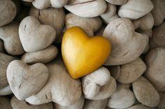 เคยรู้ไหมว่าอะไรคือที่มาของรูปหัวใจ :: Hunsa Lifestyle