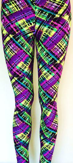 Soul Trend Womens Leggings/Tights/Printed Nylon Spandex Stretch Fabric/Green Lime Purple Black Pink Ritzy ($72)