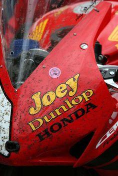 Joey Dunlop Honda livery IOMTT