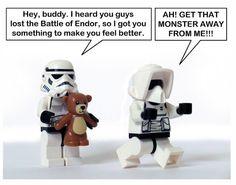 Lego Star Wars Funny - too soon after Endor Lego Star Wars, Star Trek, Aniversario Star Wars, Rasengan Vs Chidori, Pokemon, Dc Movies, Ewok, Chewbacca, Star Wars Humor