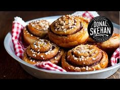 How to make Swedish Cinnamon Buns! || I'm making these today! It's a great recipe, super easy to make and they always turn out really good. Happy Friday ! :)