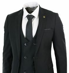 Invest in a timeless yet on-trend outerwear piece. 3 Piece White Men Double Breasted Suit Party Prom Peak Lapel Tuxedo Wedding Suit. Double breasted suits provide men with a higher level of formality by adjusting the typical suit to incorporate extra fabric that folds over where the jacket closes. Tuxedo Wedding Suit, Wedding Suits, Blazer Vest, Suit Jacket, Black Double Breasted Suit, Wedding Blazers, Slim Fit Suits, Suits For Sale, Pinstripe Suit