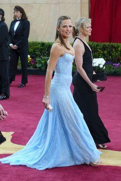 De Versace era el vestido azul que Jennifer Garner llevó en la gala de 2003.
