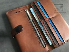 Leather Wallet Pattern, Stitching Leather, Card Wallet, Clutch Wallet, Origami Cards, Leather Workshop, Purse Patterns, Buttonholes, Long Wallet