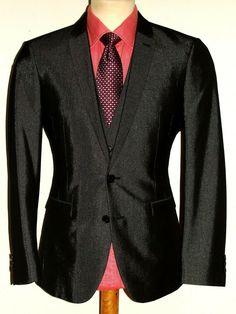 7631935d5f 39 Best Men's 3 piece suits images | Wedding outfits, Tuxedo wedding ...