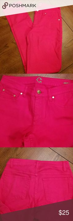 """C Wonder hot pink skinny jeans C. Wonder hot pink skinny jeans. Excellent condition, like new. Approx. Inseam about 31.5"""", outseam 40"""", rise 8.5"""" C. Wonder Jeans Skinny"""