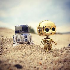 Star Wars - Funko Pop! || CUUUUTE! I'm not that big on Star Wars, but I know enough and this is fuckin' adorable!