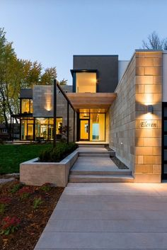 Ottawa River House by Christopher Simmonds Architect. This one is pretty cool I love all the house design design and decoration design office de casas interior decorators Architecture Design, Amazing Architecture, Contemporary Architecture, Building Architecture, Contemporary Style, Modern Entrance, Entrance Design, Modern Entry, House Entrance