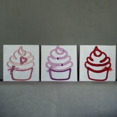 { La ronde des cupcakes } ♡♥♡ Quel est votre préféré? ^^ Rose, myrtille ou fraise??! #manitricotine#tricotin#cupcake#handmade#laine#pastel#phildar#spoolknitting#knitting#knit#commandepersonnalisée#surcommande#madeinlyon#lesptitsbonheursdemani