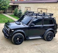 The Effective Pictures We Offer You About thar Jeeps A quality picture can tell you many things. Suv Cars, Jeep Cars, Sidekick Suzuki, Dacia Duster, Offroader, Suzuki Jimny, Ford Bronco, Modified Cars, Land Rover Defender