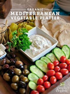 With mini pitas, Greek olives, herbed feta cheese, peperoncini and fresh veggies, there& a lot to love about this antipasto vegetable platter featuring our Mediterranean Herb Greek Yogurt Dip Mix. Try it out tonight. Appetizers For Party, Appetizer Recipes, Vegetarian Appetizers, Veggie Platters, Party Platters, Cheese Platters, Mediterranean Diet Recipes, Mediterranean Appetizers, Mediterranean Platters