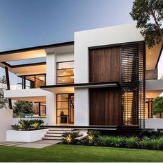 Our Nedlands project features a three level luxury home design with an area of Live in style, comfort and luxury in our prestige homes today. Architecture Design, Modern Architecture House, Facade Design, Architecture Visualization, Exterior Design, Small House Exteriors, Dream House Exterior, Modern House Plans, Modern House Design