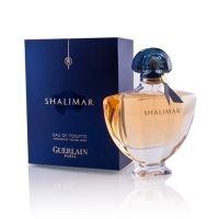 Guerlain - Shalimar 90 ml EDT - kvinder - Køb billigt online! Guerlain Perfume, Perfume Bottles, Trendy Fashion Jewelry, Fashion Jewelry Necklaces, Beauty Skin, Hair Beauty, Women's Beauty, Perfumes Top, Old Prince