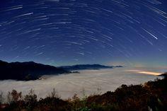 https://flic.kr/p/RBERFf   合歡山●清境農場~星軌星空~ Startrails above cloud