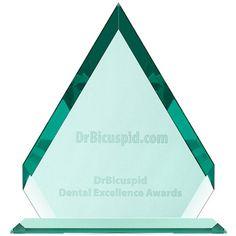 DrBicuspid Dental Excellence Award 2017 for OSSIX VOLUMAX