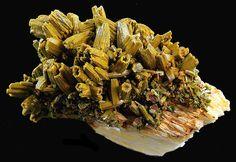 Pyromorphite Crystal Cluster Les Farges Mine, Ussel, Limousin, France 7 x 4.1 x 4 cm