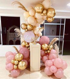 Balloon Wall, Balloon Garland, Balloon Decorations, Birthday Decorations, Leopard Birthday Parties, Adult Birthday Party, Jungle Balloons, Diy Crafts Room Decor, 1st Birthday Cake Smash