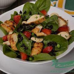 Salata din Orez Negru cu Spanac si Piept de Pui Big Mac, Cobb Salad, Low Carb, Vegetarian, Foods, Chicken, Healthy, How To Make, Gym Style