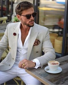 The Gentleman's Guide to Casual Fridays Gents Fashion, Mens Fashion Suits, Mens Suits, Casual Fridays, Casual Chic, Men Casual, Herren Outfit, Sharp Dressed Man, Looks Style
