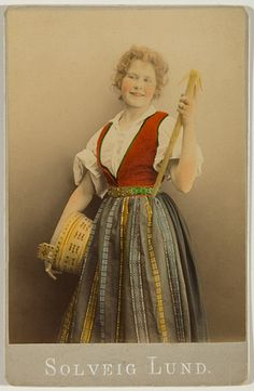 Solveig Lund Postcard - Hardanger Matron - 1985-1900