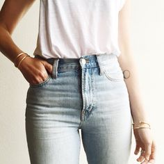 My dream jeans are actually real. Perfect wash. Perfect high waist. Perfect Jean for summer.