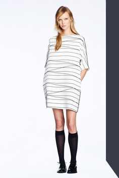 See the complete Lisa Perry Pre-Fall 2014 collection.