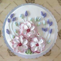 A Few Cake Decorating Ideas Gorgeous Cakes, Pretty Cakes, Cute Cakes, Amazing Cakes, Flores Buttercream, Buttercream Flower Cake, Vanilla Buttercream, Cake Decorating Techniques, Cake Decorating Tips