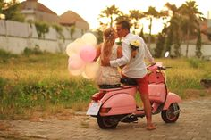 Pink Vespa in action!