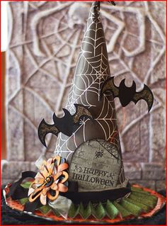 Inspiration: Paper Witches Hat · Stamping | CraftGossip.com