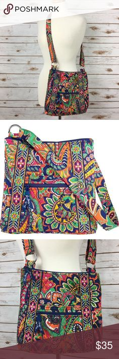 I just added this listing on Poshmark: Vera Bradley Venetian Paisley Crossbody Hipster. #shopmycloset #poshmark #fashion #shopping #style #forsale #Vera Bradley #Handbags  #Repin by https://www.kensington-bespoke.uk - Bringing the #chic and #style of #Kensington High Street direct to your home.