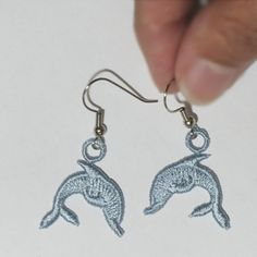 From Sonja Showalter's site-- lots of reasonably priced machine embroidery designs