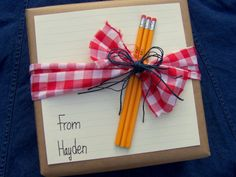 one box ten ways. i'm just going to go ahead and warn you that if you go to this site you will spend an hour looking at gift wrap ideas, when you are probably supposed to be doing something else.