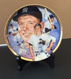 Plate Number 2670CC. Produced in 1992. THE LEGENDARY MICKEY MANTLE. The Best of Baseball Plate Collection featuring the great Mickey Mantle. Plate has a gold ring around the edge. Mickey Mantle's signature on the reverse side. | eBay!
