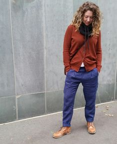 French Navy Calyer Pants in linen by @gingerootss