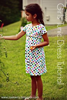 Zaaberry: Girls Tunic Dress - TUTORIAL great and easy idea for sewing class/camps. Pattern making and knit wear. Sewing Patterns For Kids, Sewing For Kids, Clothing Patterns, Dress Patterns, Sewing Kids Clothes, Diy Clothes, Kids Clothing, Little Girl Dresses, Girls Dresses