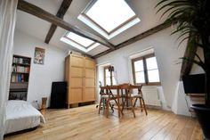 Check out this awesome listing on Airbnb: Lovely studio in the Heart of Paris in Paris - Get $25 credit with Airbnb if you sign up with this link http://www.airbnb.com/c/groberts22
