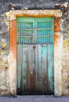 (Chacpol)  great color palettes on lots of beautiful doors on this website