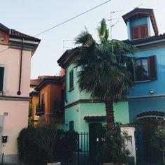 Via Lincoln, Milan