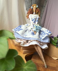 Details about Crochet dolls crib/bassinet to fit a - Crochet Christmas Decorations, Easter Bunny Decorations, Doll Clothes Patterns, Doll Patterns, Handmade Angels, Handmade Dolls, Yarn Crafts For Kids, Sewing Toys, Fairy Dolls