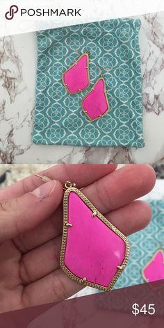 Kendra Scott Alexandra earnings-magenta. Barely worn Kendra Scott Jewelry Earrings
