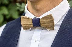 0084bf9a3e1e Groomsmen Wooden bow tie Wood bowtie Noeud papillon en boi Father s day  gift groom gift Groomsman gi