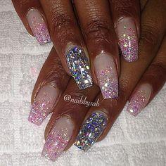 Instagram media nailsbysab - Blixt #nails #nail #fashion #style #TagsForLikes #cute #beauty #beautiful #instagood #pretty #girl #girls #stylish #sparkles #styles #gliter #nailart #art #opi #photooftheday #essie #unhas #preto #branco #rosa #love #shiny #polish #nailpolish #nailswag