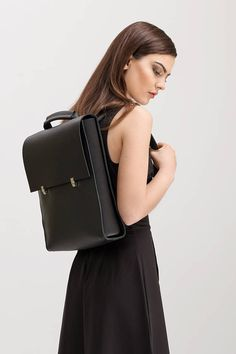 Leather backpack-handbag Universal black leather city bag