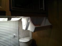 Bac de rangement sous le micro-onde Rangement Caravaning, Micro Onde, Camping, Toilet, Campsite, Litter Box, Campers, Toilets, Rv Camping